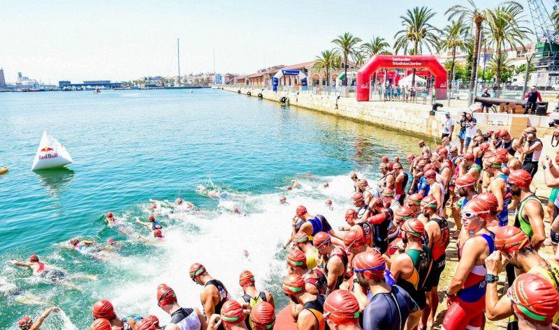 Cerca de un millar de deportistas disputarán el Triatló Port de Tarragona