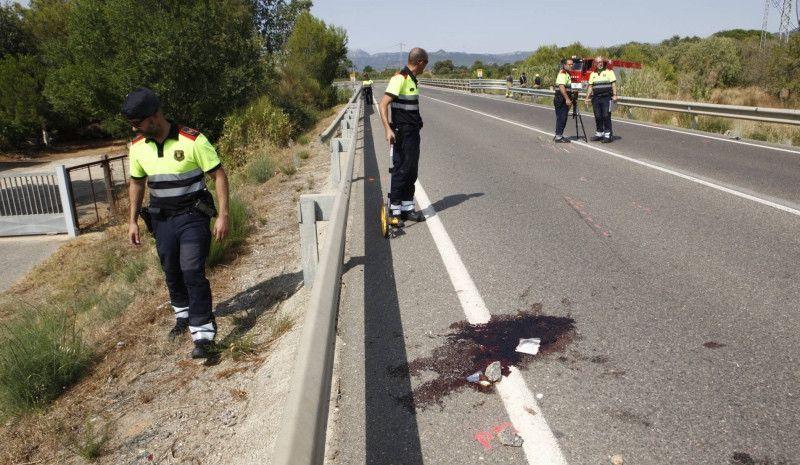 Un conductor drogado de 18 años atropella y mata a dos ciclistas en Tarragona