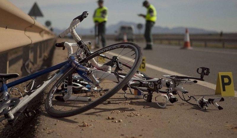 Dos ciclistas heridos al ser atropellados en Valdoviño por un conductor que dio positivo en alcohol