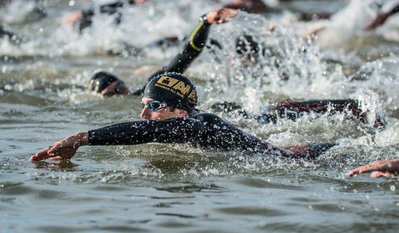 Muere un triatleta tras ser rescatado del agua en el Ironman 70.3 de Boulder