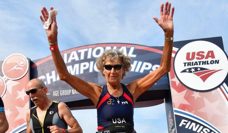 'La monja de hierro', de 88 años, vuelve a ganar el CTO de Estados Unidos de Triatlón