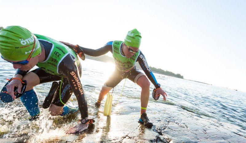 (VÍDEO) Así fue el Mundial de Swimrun: 65 km corriendo por la montaña y 10 nadando en el Báltico