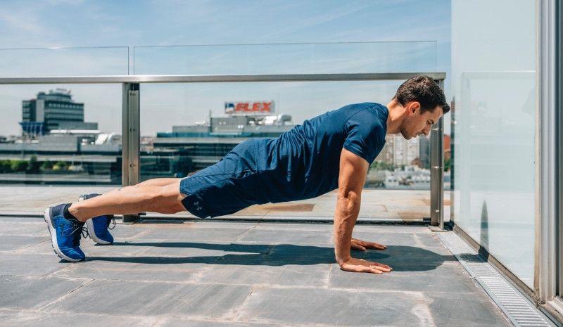 (VÍDEO) ¿Sabes hacer flexiones correctamente?