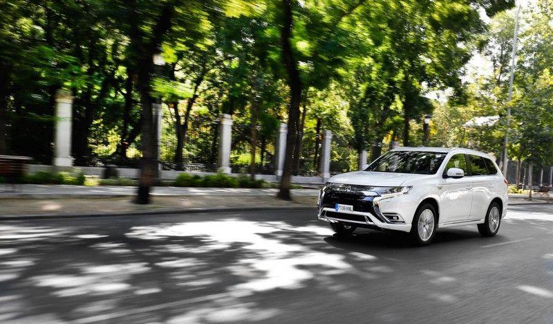 Mitsubishi Outlander PHEV, el coche 0 emisiones de Javier Gómez Noya