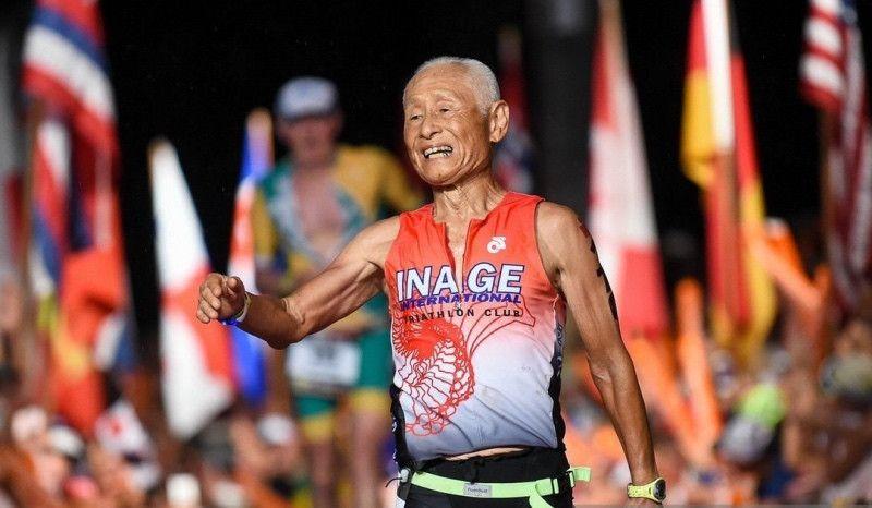 Acaba el Ironman de Hawaii... ¡a punto de cumplir los 86 años!