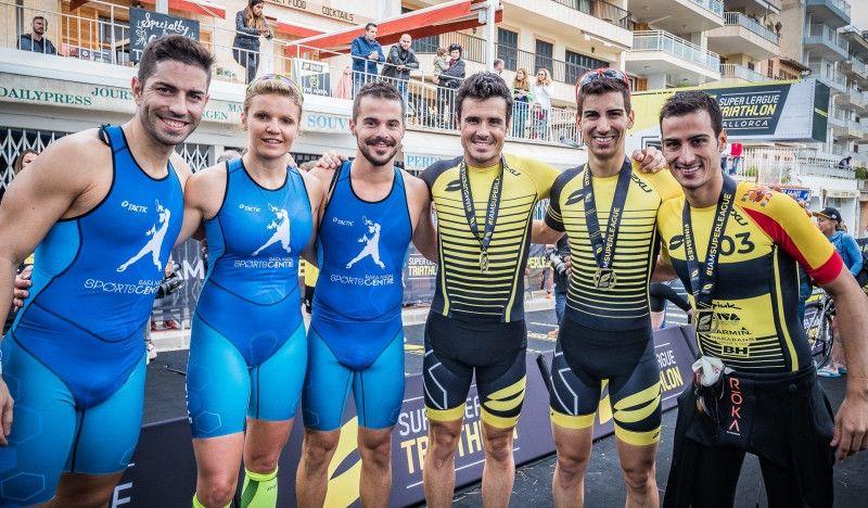 Gómez Noya y los hermanos Mola, campeones por relevos en Mallorca