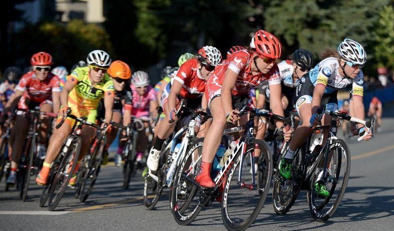 La UCI proyecta instaurar un salario mínimo para las ciclistas
