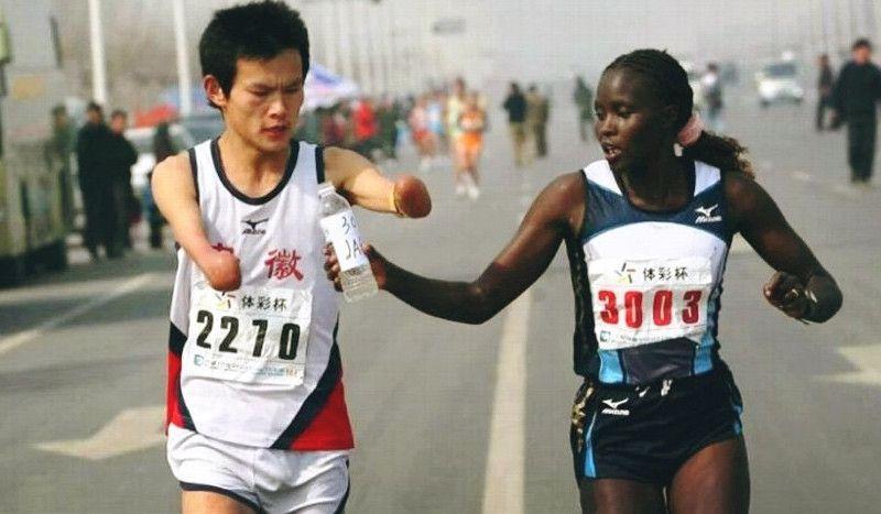 El gesto que conmovió al mundo de la campeona del Maratón de Alcalá