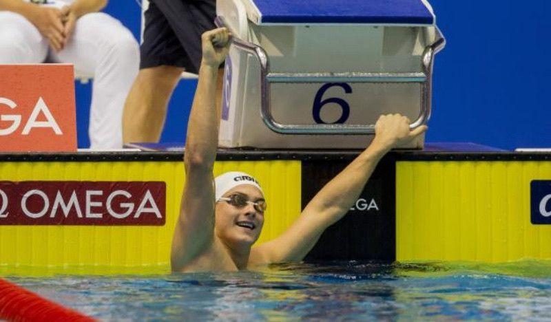 Morozov roza el récord del mundo de los 100 m libre en piscina corta