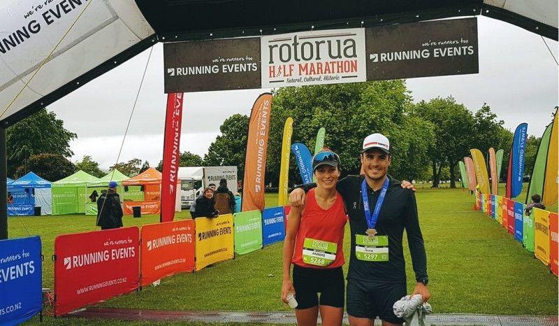 La 'despedida de soltero' de Noya: una carrera de 10 km con su futura esposa