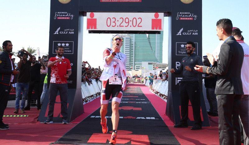 Récord del mundo de Blummenfelt y triplete de Noruega en el Ironman 70.3 de Bahrain