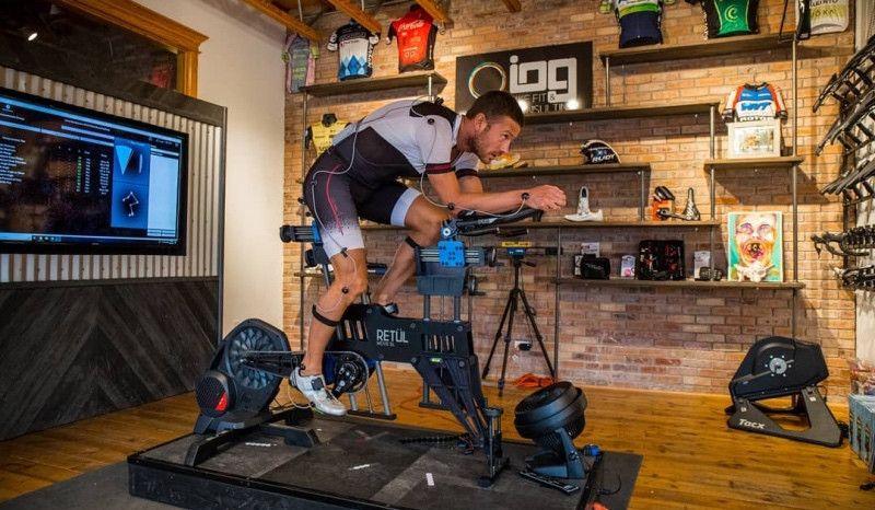 (VÍDEO) Así fue la primera sesión del 'bike fitting' de Lionel Sanders