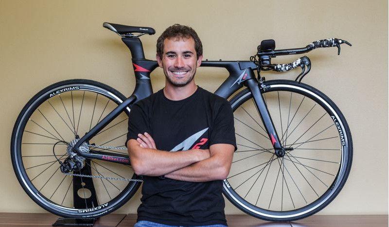 La bici de triatlón 'low cost' que aspira a revolucionar el mercado