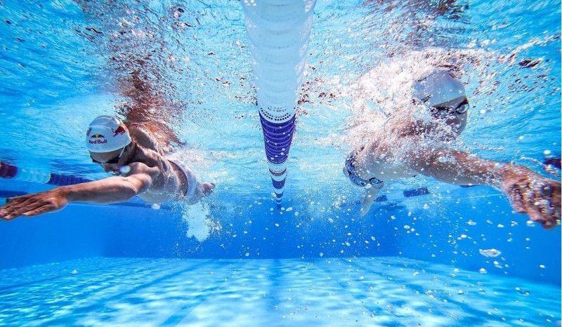 ¿Te duele el cuello después de nadar?