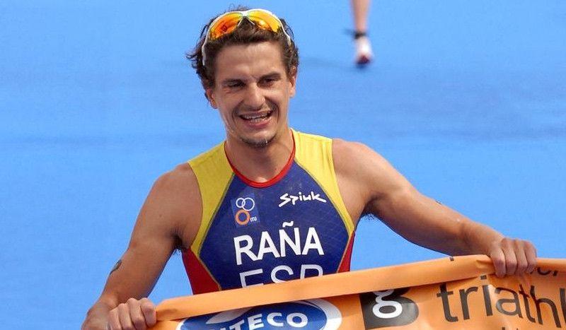 """Iván Raña: """"Llegaba a las carreras y veía a los demás tan grandes que me asustaba"""""""