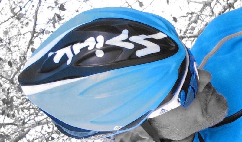 ¿Qué le debo pedir a un casco de ciclismo?