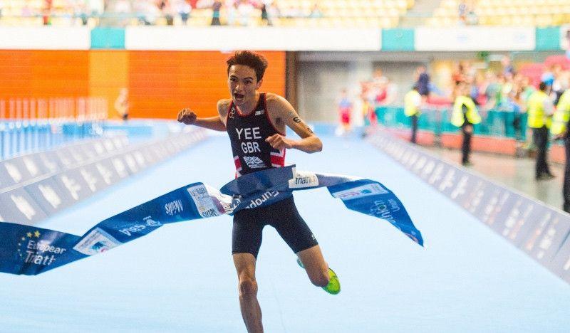 """Alex Yee, el 'niño prodigio' del triatlón británico, corre en 14'41"""" para ganar su primera Copa del Mundo"""