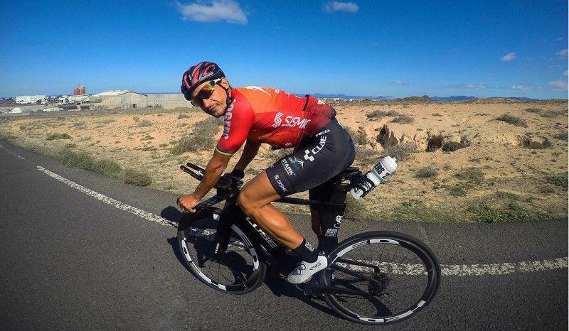 Iván Raña abre fuego en el Ironman 70.3 de Campeche