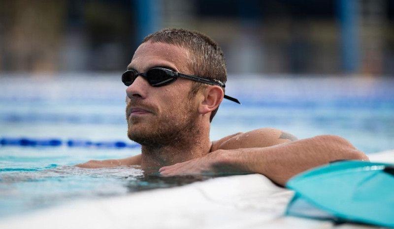 (VÍDEO) Lionel Sanders: 6.500 metros de natación y series en bici a 420 vatios