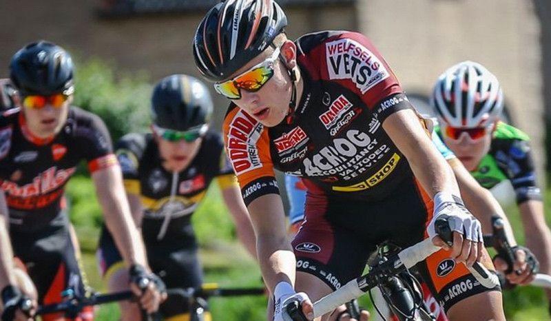 Muere un ciclista de 19 años en plena carrera por un error de la organización