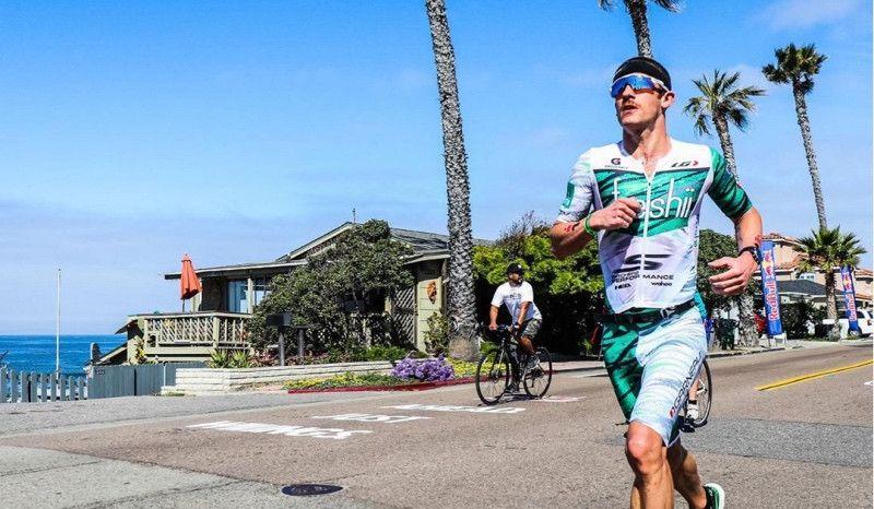 Lionel Sanders, baja de última hora en el Ironman 70.3 de Oceanside