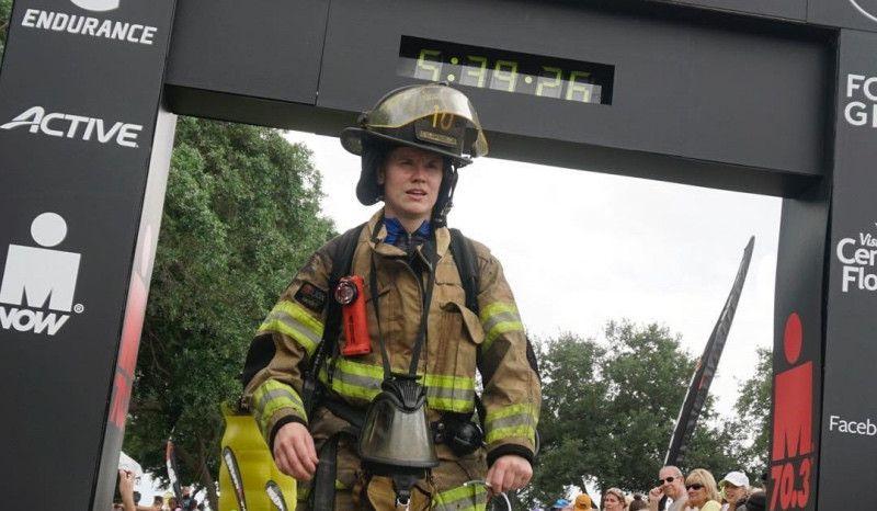 El ejemplo de una bombera en el Ironman 70.3 de Florida