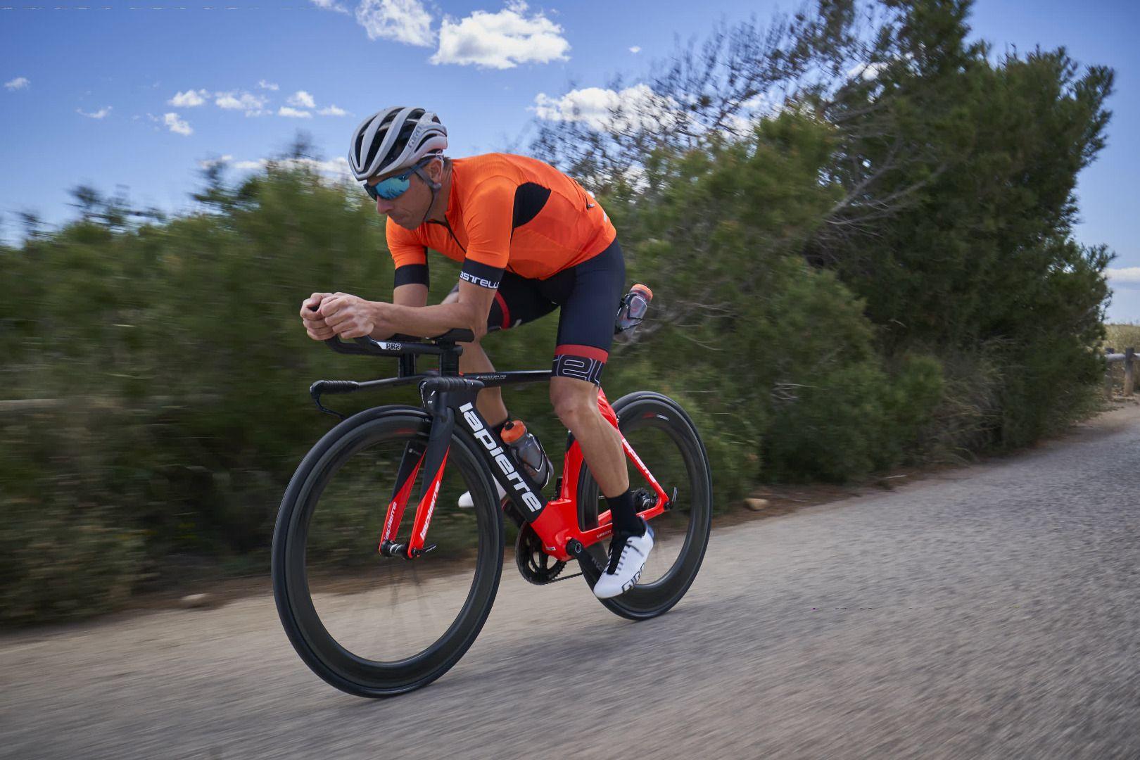 Rubén Ruzafa, con sus nuevas bicis Lapierre
