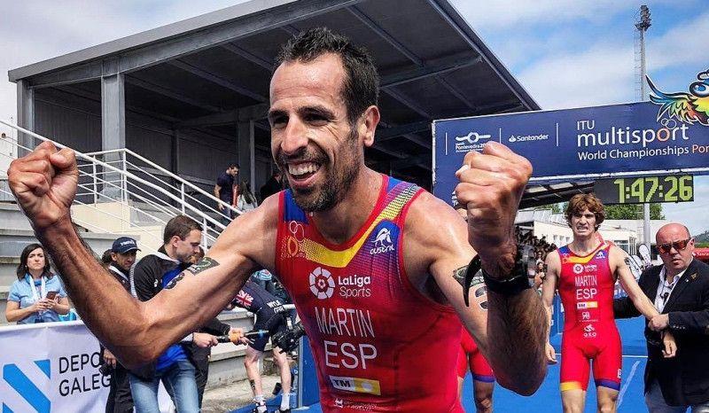 (VÍDEO) Así fue el 'carrerón' de Emilio Martín para ganar la plata en el Mundial de Duatlón
