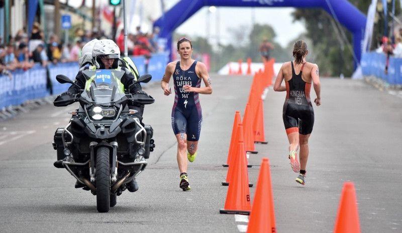 VÍDEO-RESUMEN de las Series Mundiales de Triatlón de Bermudas (élite femenina)