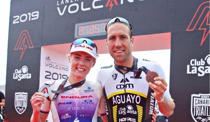 Emilio Aguayo y Lucy Charles, ganadores del Volcano Triathlon