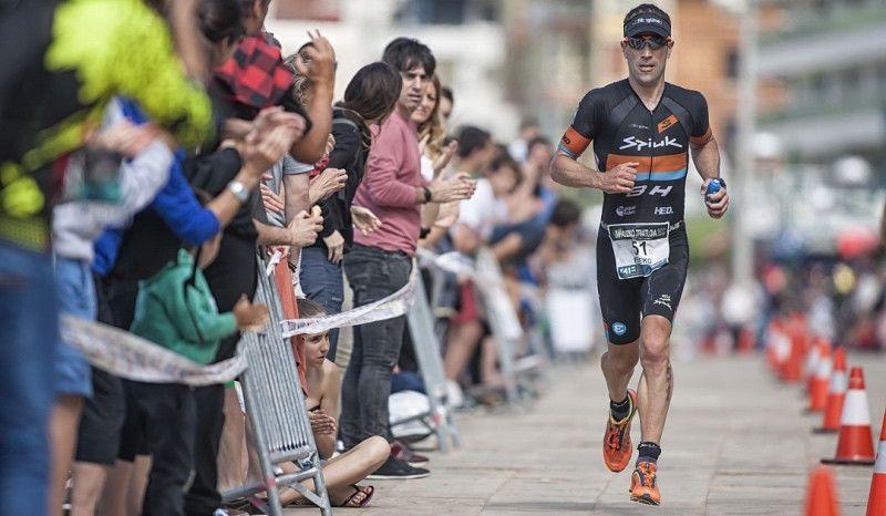 Eneko Llanos, 'Mr Txapela', regresa al Triatlón de Zarautz