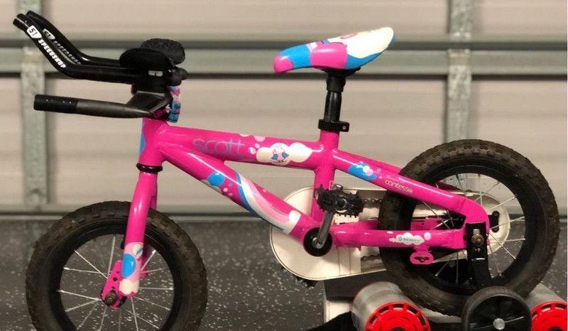 Cuando tu hija te pide unos acoples para su bici como los de papá y mamá