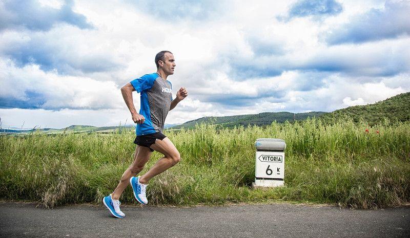 Eneko Llanos apunta alto en el Ironman de Vitoria