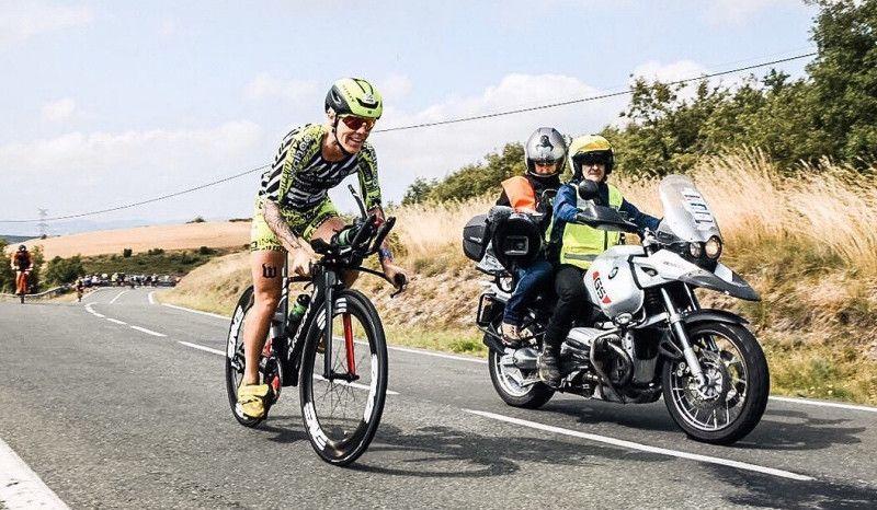 (VÍDEO) El impresionante 'triple' de la campeona del Ironman de Vitoria
