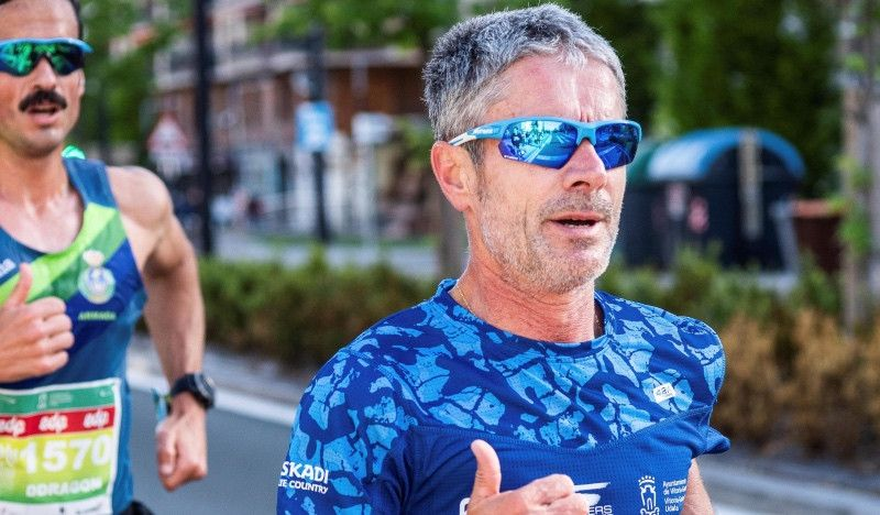 Martín Fiz, nuevo récord de Europa de 5.000 metros pista para mayores de 55