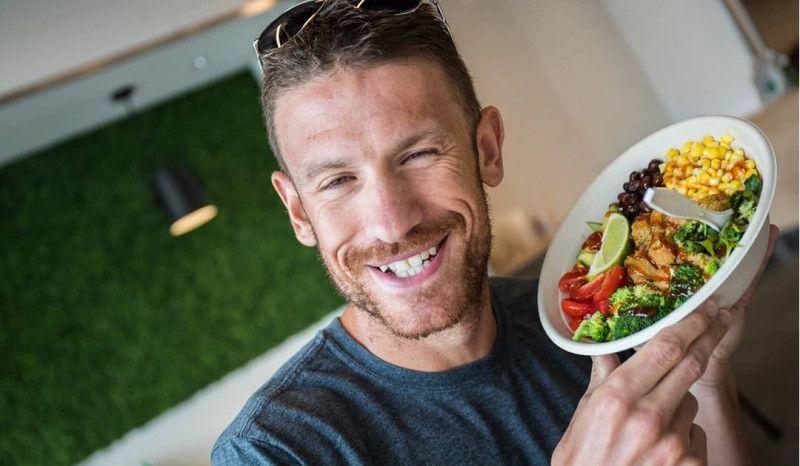 (VÍDEO) Lionel Sanders: 6.281 calorías en un día duro de entrenamiento