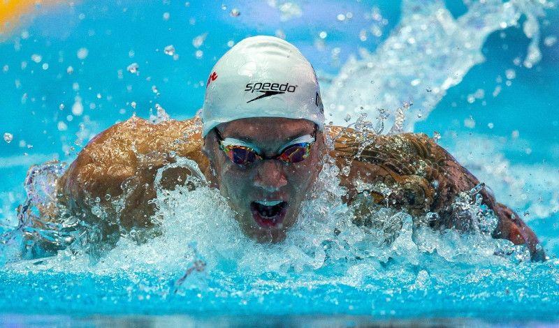 Caeleb Dressel le quita a Phelps su récord mundial en los 100 mariposa