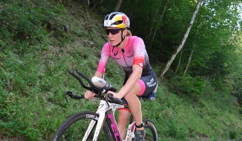 Daniela Ryf, sin rival en el Triathlon Alpe d'Huez