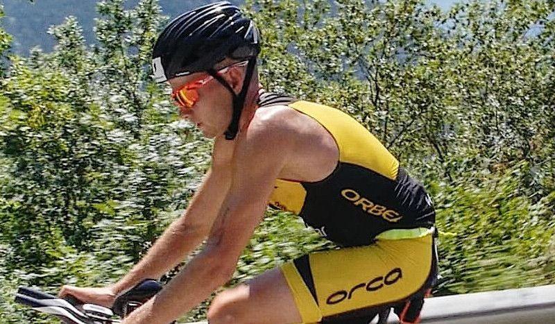 Albert Moreno vuelve a conquistar la plata en el Triathlon Alpe d'Huez