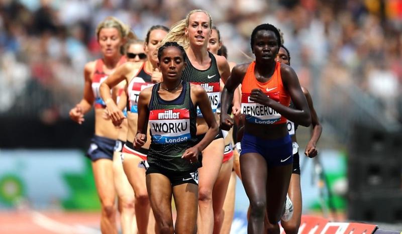 (VÍDEO) ¡Una atleta etíope deja escapar la victoria por un error garrafal!
